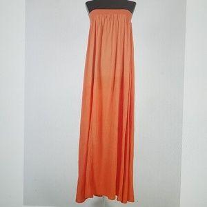 Dresses & Skirts - Long Tube Flowy Dress